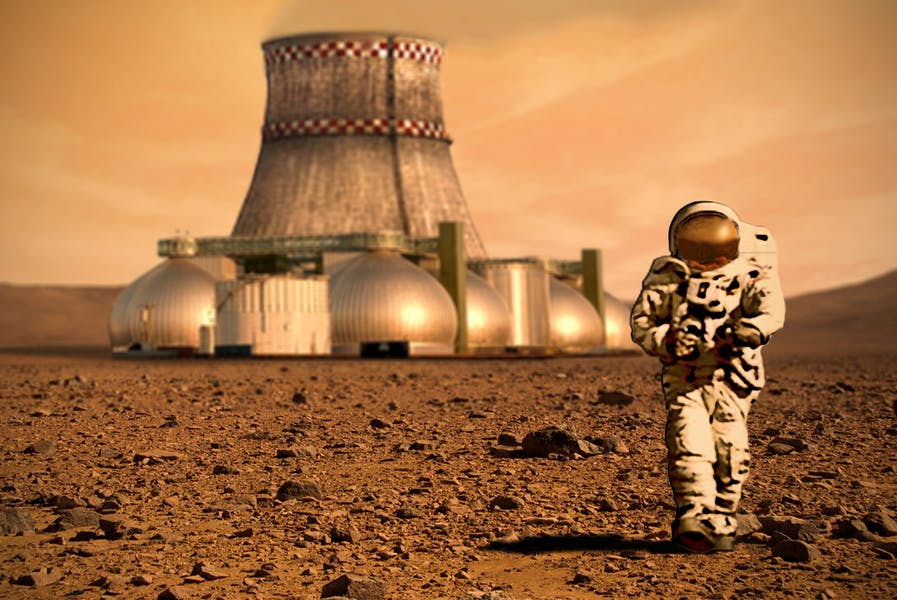 Should we spend money and resources colonizing Mars?