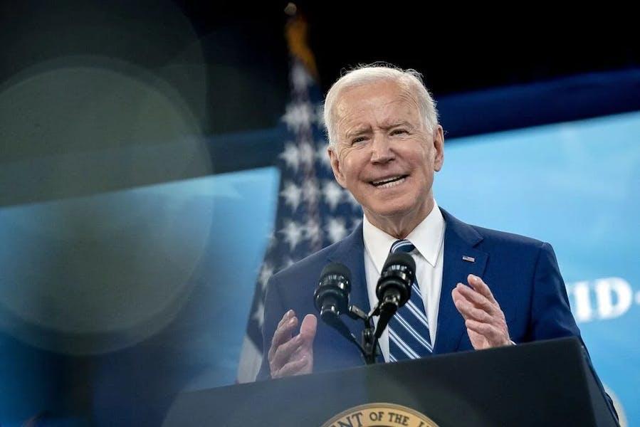 Is Biden right to let Trump-era immigrant worker visa restrictions expire?