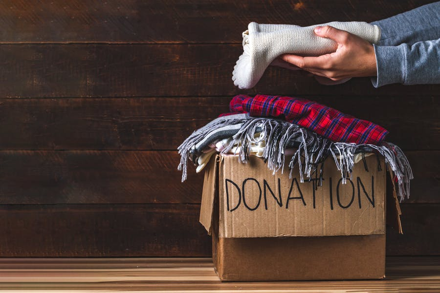 Is it better to donate (give) anonymously?