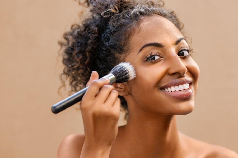 Makeup vs. au naturel: which is better?